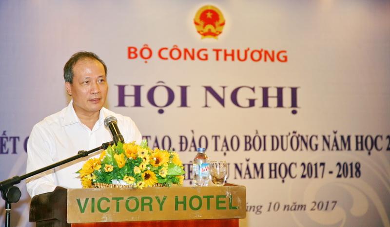 Thứ trưởng Cao Quốc Hưng yêu cầu tiếp tục đẩy mạnh thực hiện đổi mới cơ chế hoạt động theo hướng tự chủ